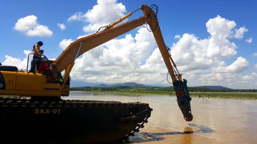 Amphibious Excavator Dredging Suctiom Pumps 2